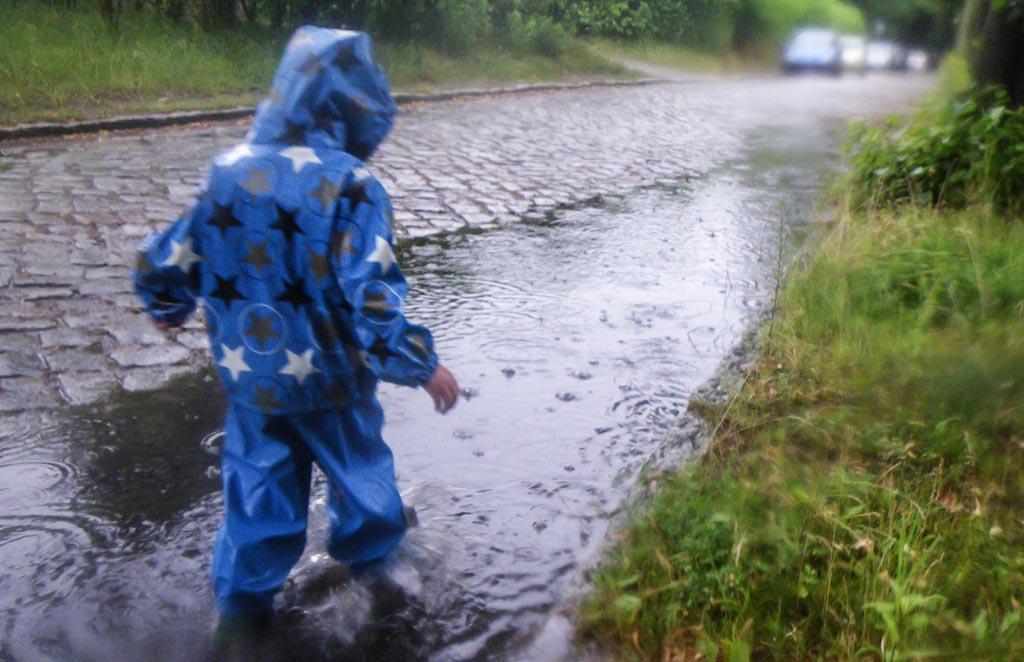spaziergang-im-regen