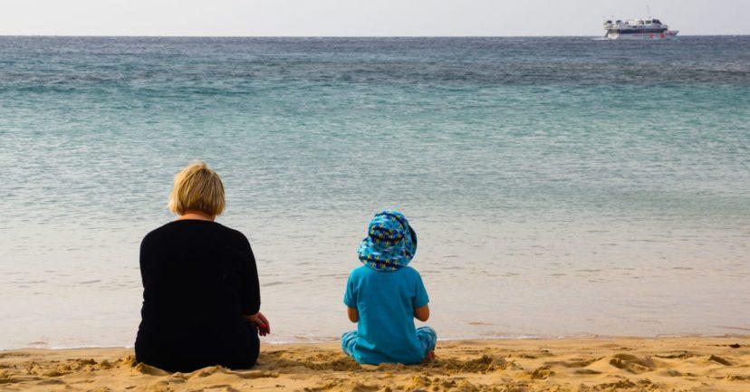 Lanzarote: Die schönsten Strände der Insel + Tipps zur Reisezeit während der Schulferien