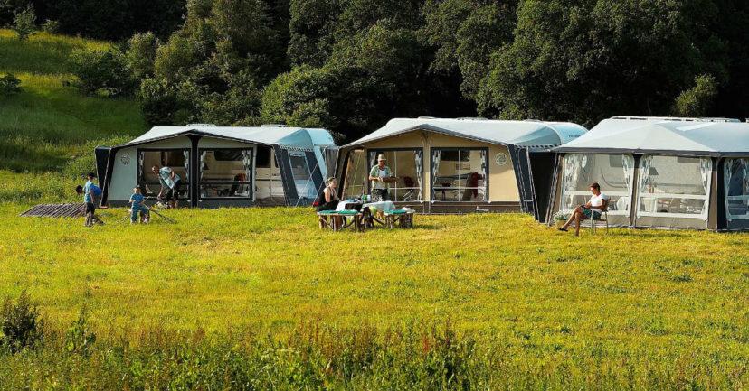 Das Wohnmobil und der Urlaub in den Ferien mit Kindern