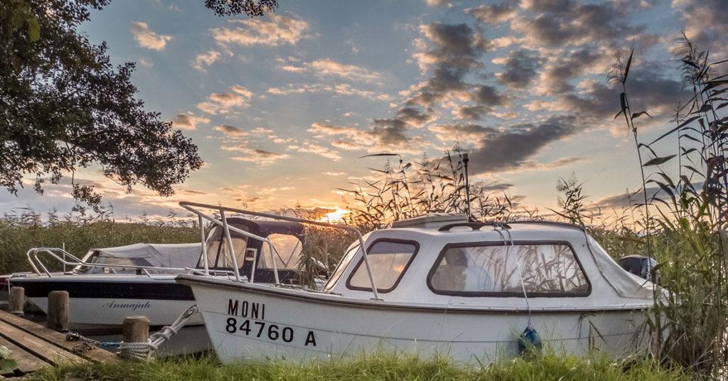 Sonnenuntergang. Irgendwo in der Mecklenburgischen Seenplatte